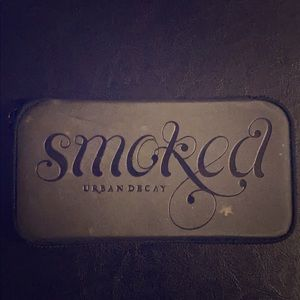 Urban Decay Makeup - Smoked Urban Decay Palette
